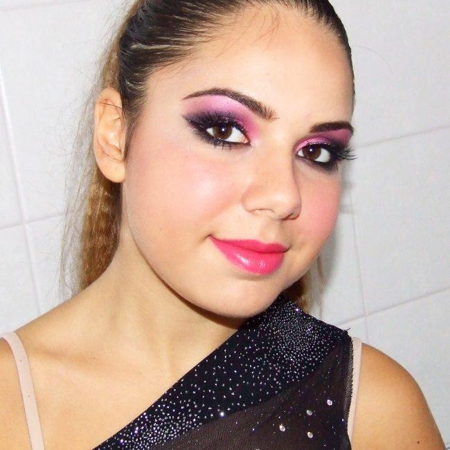 assemini makeup rosa e nero per gara di ballo